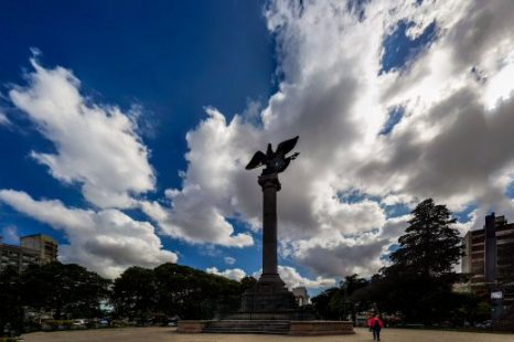 Instalarán un consultorio móvil en Plaza Italia para hisoparse rápida y gratuitamente