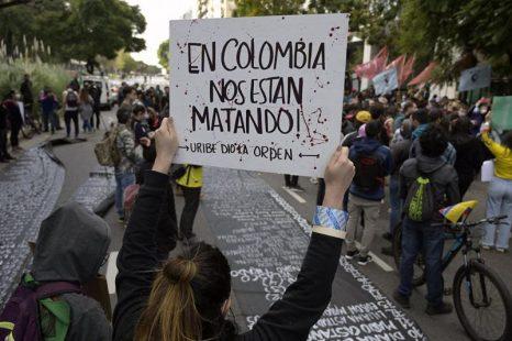 Represión en Colombia: 24 muertos y 87 desaparecidos