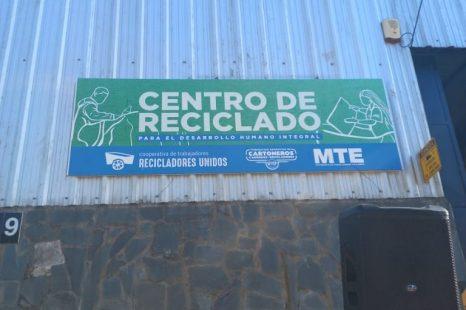 Se lanzó en Ensenada el Programa Argentina Recicla