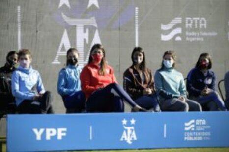 """""""Esto es un avance para el desarrollo del fútbol femenino"""""""