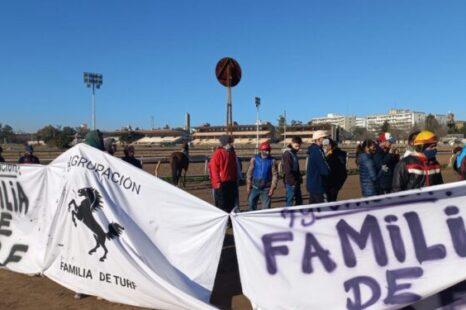 Movilizaron trabajadores del Hipódromo de La Plata