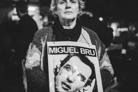 """""""Siento mucha impotencia porque hay milicos que saben donde esta Miguel"""""""